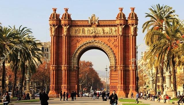 10 city break-uri romantice în Europa