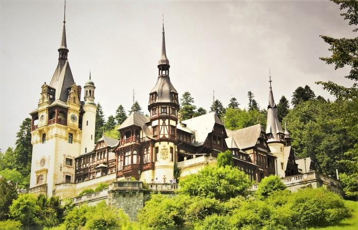 peles-castle-818943_1280.jpg